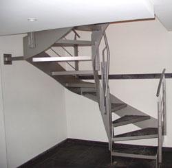 metallbau kech 3 4 gewendelte treppen. Black Bedroom Furniture Sets. Home Design Ideas